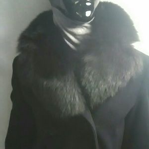 Black Wool maxi coat w FOX Collar Sz 4